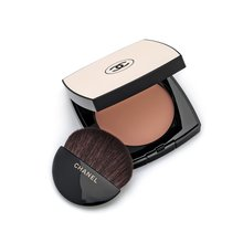 Chanel Les Beiges Poudre Belle Mine Naturelle Nr.10 powder for unified and lightened skin 12 g