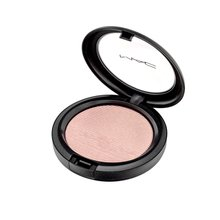 MAC Extra Dimension Skinfinish Beaming Blush rozjasňovač 9 g