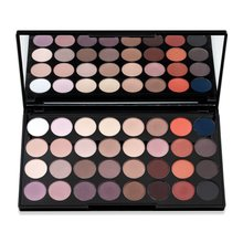 Makeup Revolution Flawless Matte 2 Ultra Eyeshadow Palette палитра сенки за очи 20 g