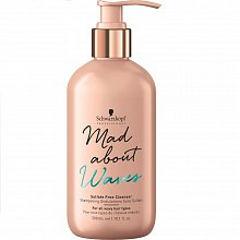 Schwarzkopf Professional Mad About Waves Sulfate-Free Cleanser Shampoo ohne Sulfat für welliges Haar 300 ml